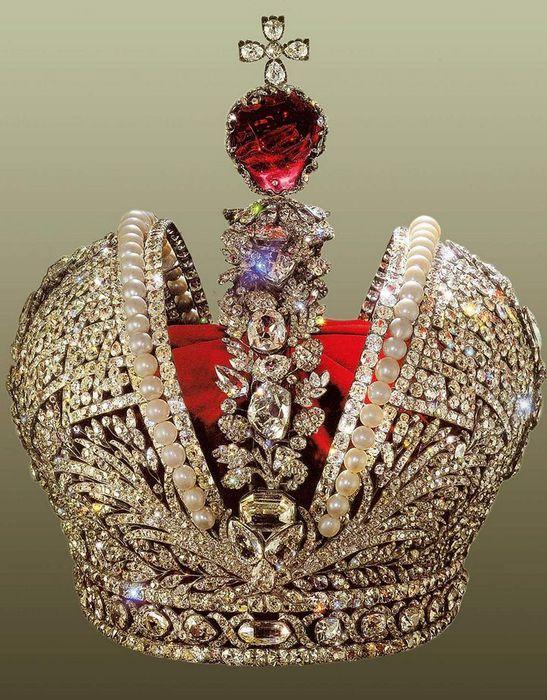 Что такое шпинель в ювелирных изделиях